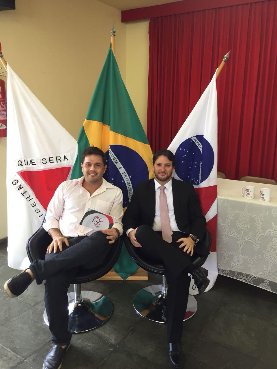 Dr Adriano Cotta Barros