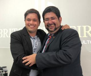 Dr. Lucas Brito
