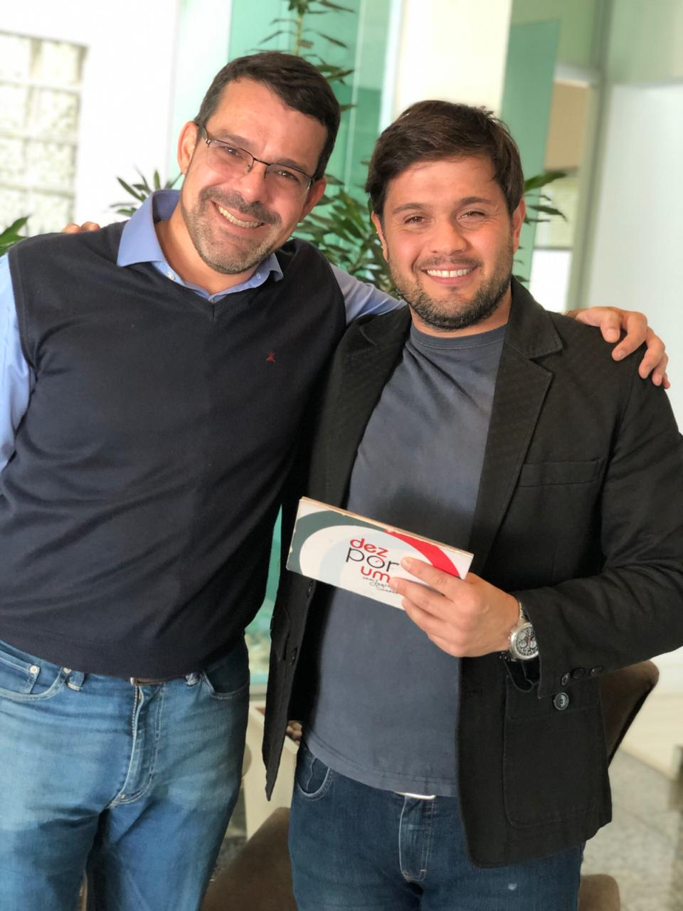 Dr. Leandro A. Silva